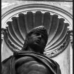 statue_noire_@loeildoliv