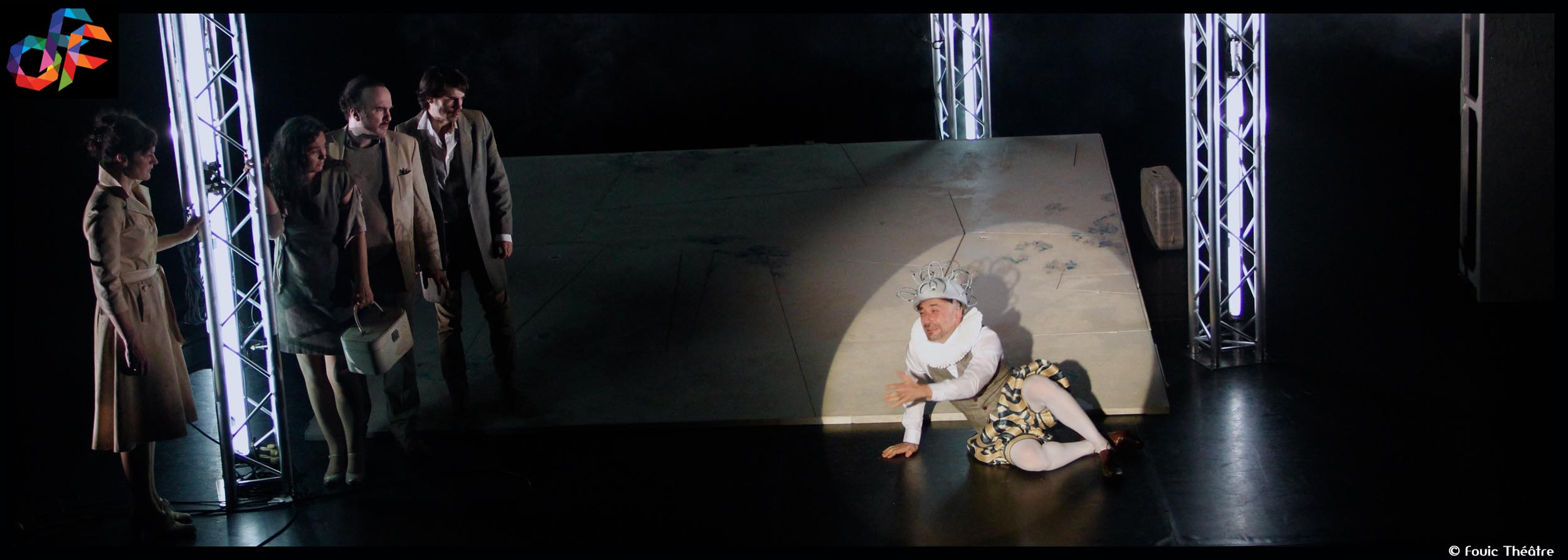 Couv_timeline_Avignon_©Fouic_Theatre_@loeildoliv