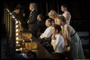Les-Damnes_Ivo_von_hove_troupe_Avignon_Comedie_Francaise_©Christophe_Raynaud_de_Lage_@loeildoliv