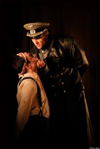 Jean moulin Evangile_Besset_denis_Theatre 14_Marc Ginot 4_@loeildoliv