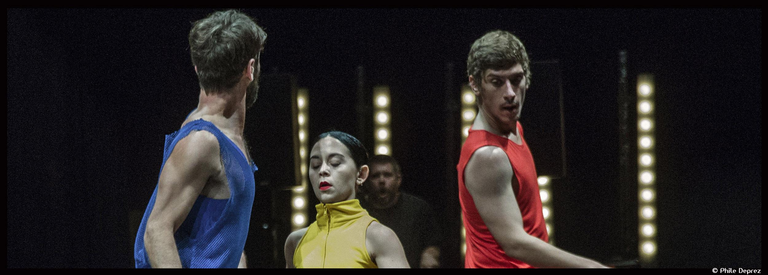 Couv_RULEOFTHREE_Jan Martens_theatre de la ville-©PhileDeprez_3_@loeildoliv
