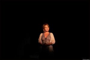 Clémentine Célarié joue actuellement dans Darius à la comédie des Champs-Elysées © Lisa Lesourd