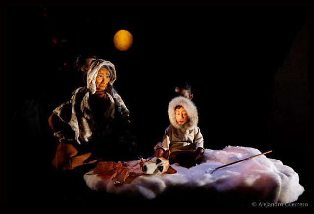 Les Yeux de Taqqi. Cédric Revollon Théâtre de La Luna © Alejandro Guerrero