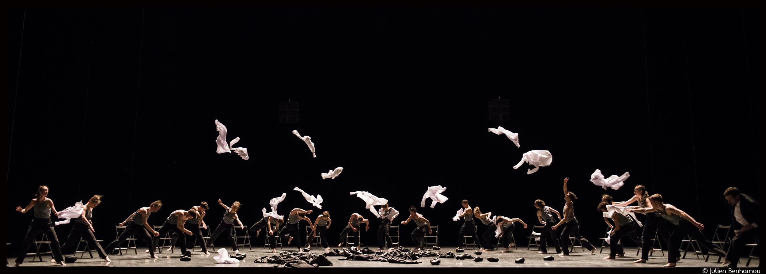Couv_decadance_Julien_Benhamou___Opera_national_de_Paris-Decadance---Ohad-Naharin---Ballet-OnP--c--Julien-Benhamou----OnP-DSC_6103_@loeildoliv