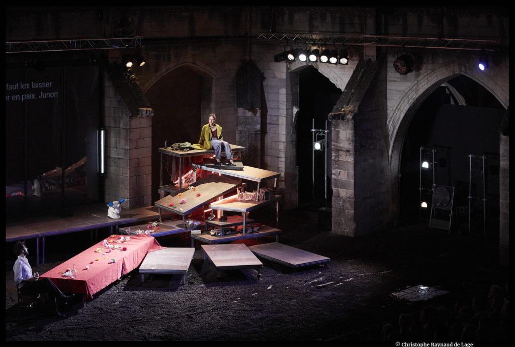 Sous d'autres cieux de Maëlle Poésy et Kevin Keiss d'après L'Énéide de Virgile Festival d'Avignon © Christophe Raynaud de Lage