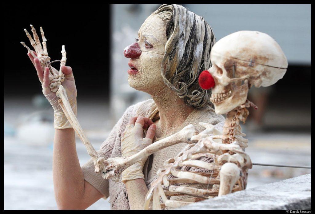 Clownstrum du Monstrum. Louis Arene. Lionel Lingelser. Sophie Botte. Le Quai. CDN d'Angers Pays de Loire.paris l'été © Darek Szuster.