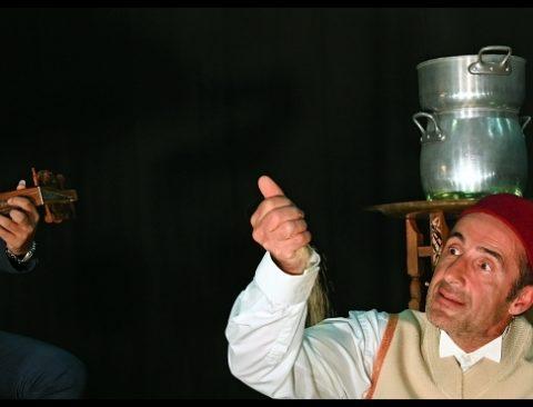 Comment réussir un bon petit couscous de Fellag. Mise en scène de Michel Didym. avec Bruno Ricci. La manufacture - CDN de Nancy Lorraine.