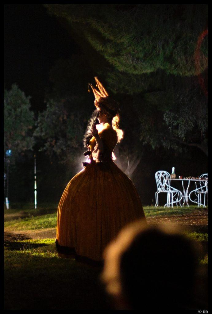 Le jeu de l'amour et du hasard de Marivaux. Mise en scène de Muriel Mayette-Holtz. TNN. © Léa Saboun