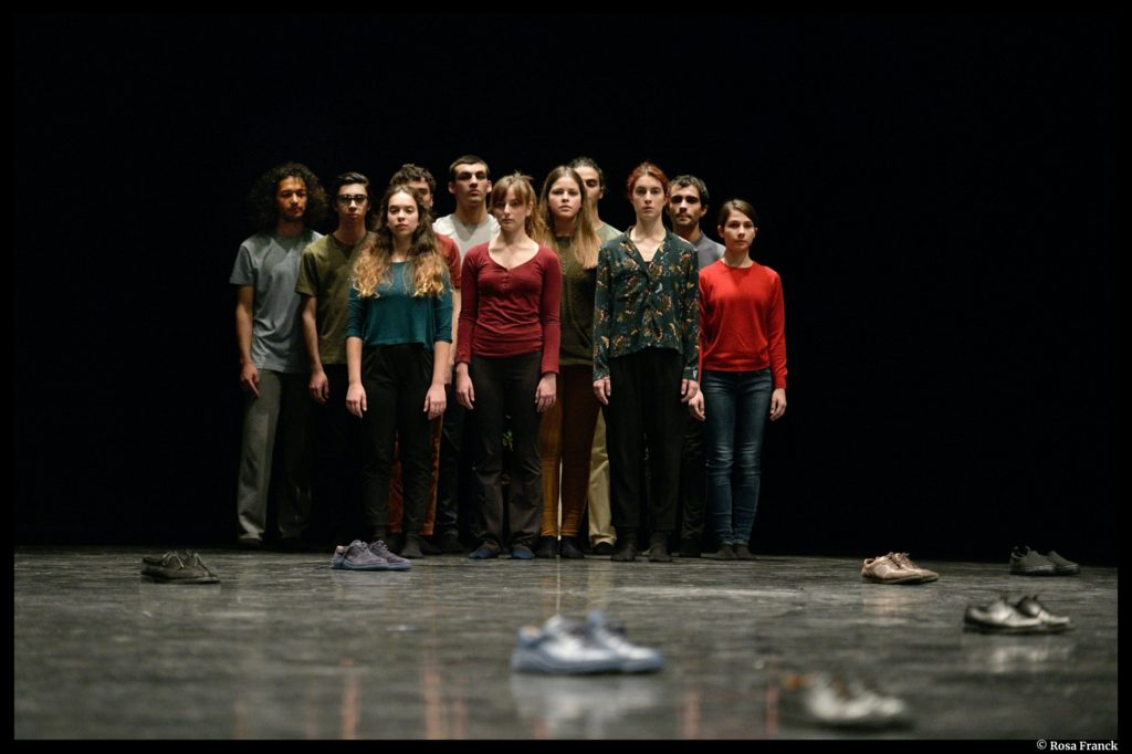 Moments of young people de Raimund Hoghe. Montpellier Danse. Le Kiasma. © Rosa Franck