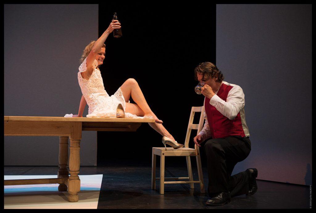 Au Cado d'Orléans, qu'il dirige, le metteur en scène Christophe Lidon nous offre une nouvelle version de Mademoiselle Julie.