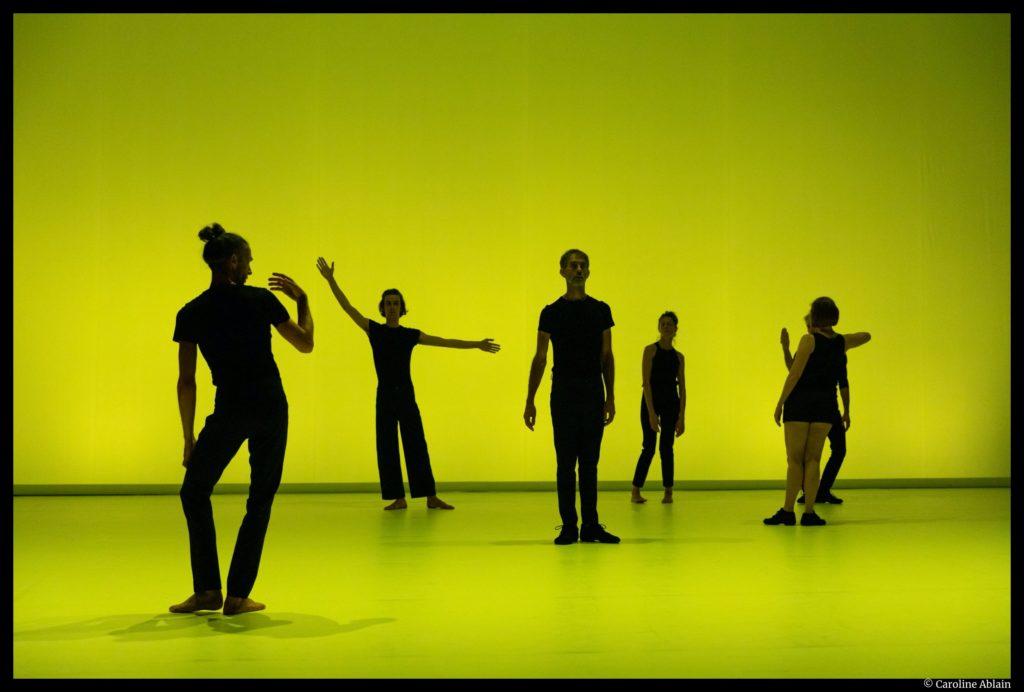 So schnell de Dominique Bagouet. Recréation de Catherine Legrand. Montpellier Danse. Jean-Paul Morandini. © C. Ablain