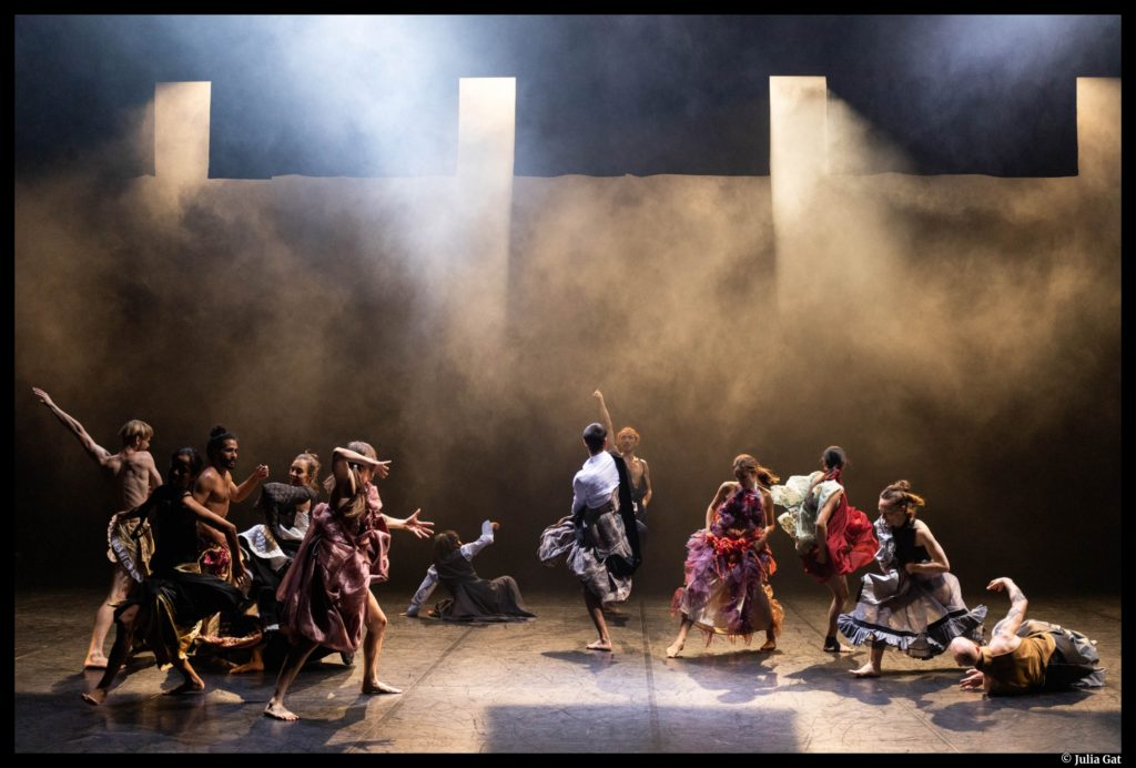 LOVETRAIN2020 d'Emmanuel Gat. La troupe Emmanuel Gat Dance. Montpellier Danse. Opéra-Comédie. © Julia Gat