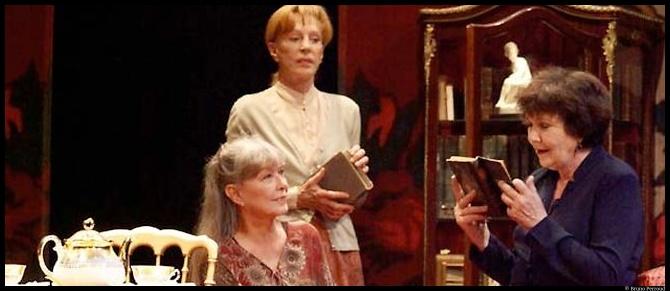 Catherine Rich dans Les Dames du Jeudi de Loleh Bellon, mise en scène Christophe Lidon. © Bruno Perroud