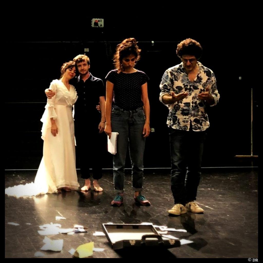 troupe © DR