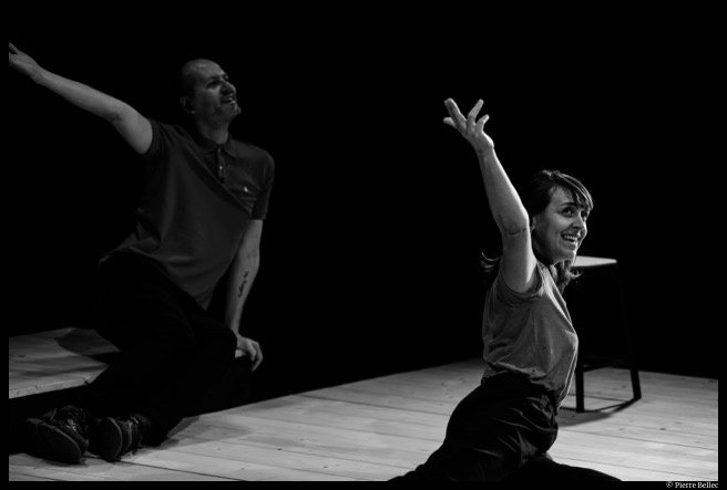 Emmanuelle Hiron et Alexandre Le Nours dans Nu de David Gauchard © Pierre Bellec