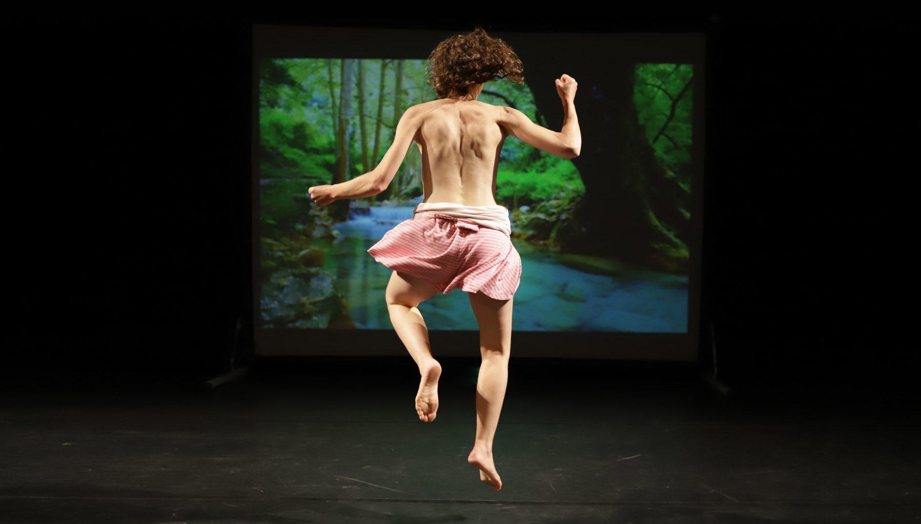 La méthode C.O.A. de Marion Uguen. Maison des arts de Saint-Herblain. festival Trajectoires © Jessica Servieres