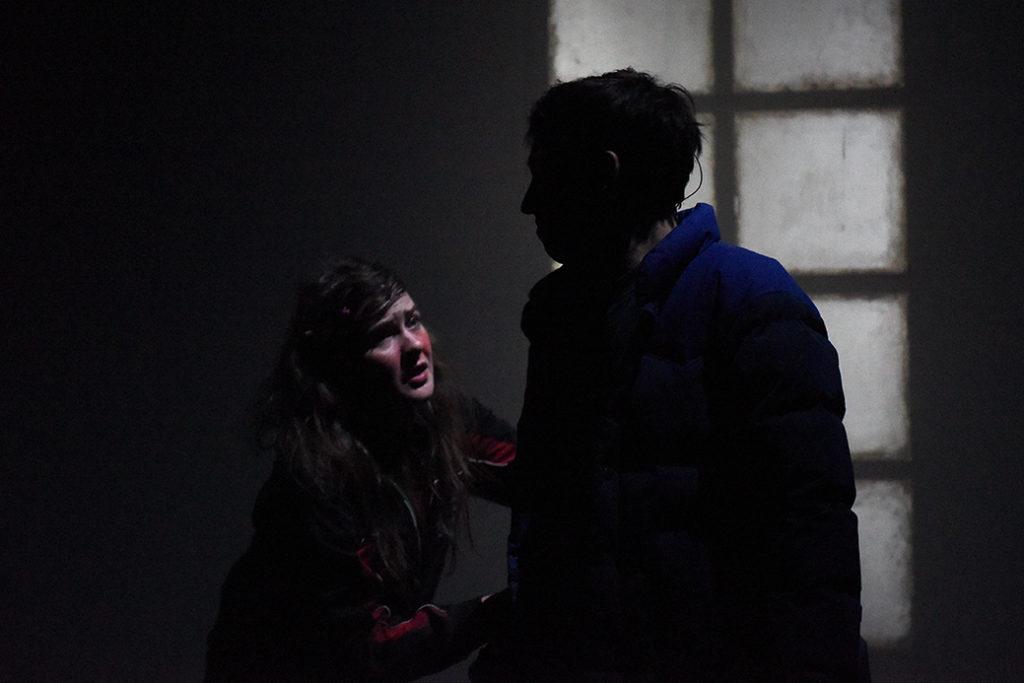 Tout mon amour de Laurent Mauvignier. Mise en scène d' Arnaud Meunier. Ambre Febvre et Romain Fauroux. Comédie de Saint-Etienne. © Sonia Barcet