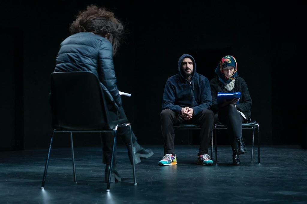 Je suis perdu de Guillermo Pisani. Avec Arthur Ingual, Elsa Guedj et Caroline Arrouas. Les Plateaux Sauvages © Pauline Le Goff