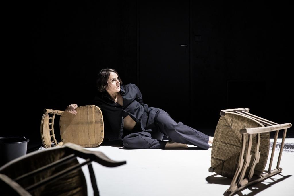 Cécile Garcia-Fogel, Trézène mélodies. Théâtre 14 © Simon Gosselin
