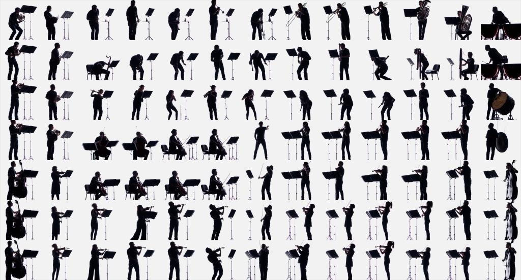 La Danse sacrale du Sacre du printemps d'Igor Stravinsky THE ISOLATED ENSEMBLE Ensemble Symphonique Neuchâtel & Supermafia direction Victorien Vanousten © Supermafia