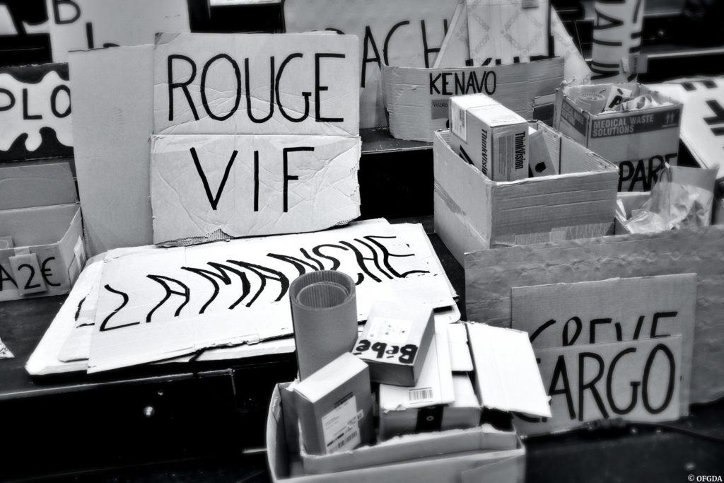 Les Gros patinent bien – Cabaret de Carton Un spectacle d'Olivier Martin-Salvan et Pierre Guillois © OFGDA
