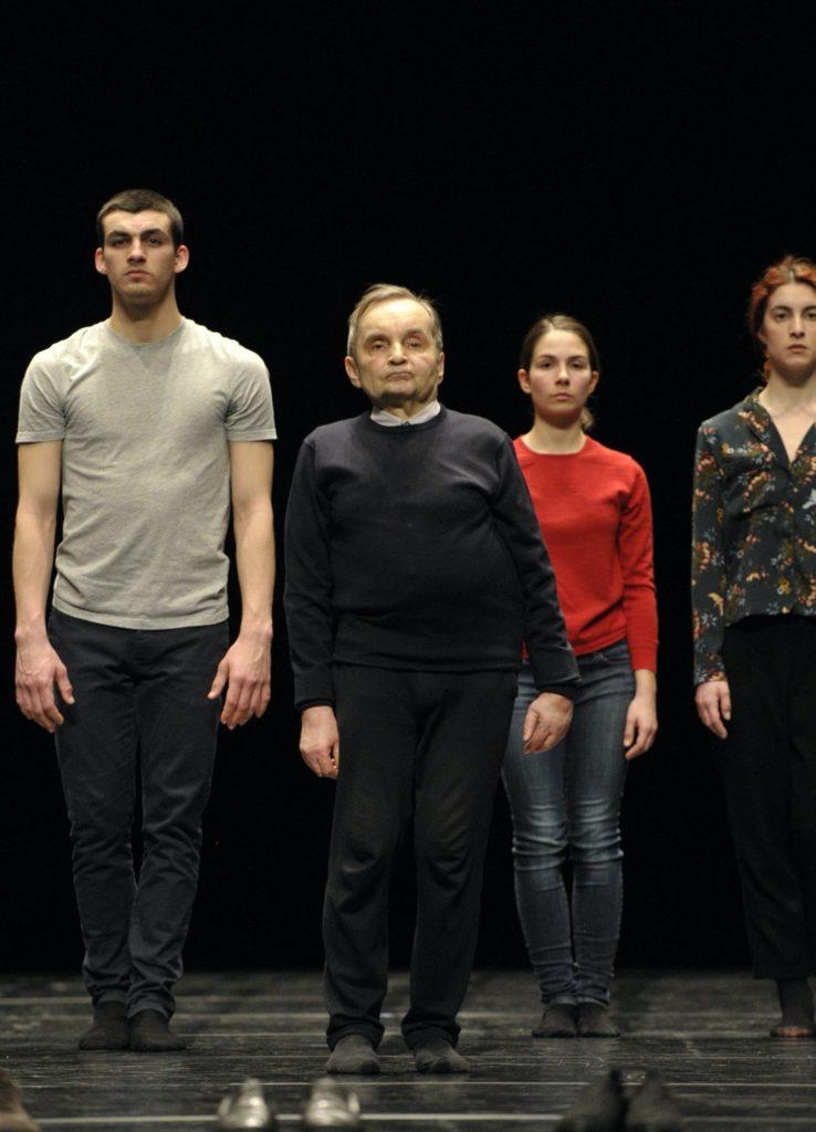 Moments of young people de Raimund Hoghe Montpellier Danse Le Kiasma © Rosa Frank