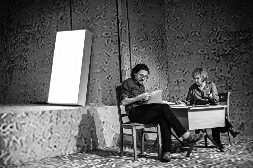 Cécile Brune et Stanislas Nordey. TNS. Répétions © Jean-Louis Fernandez