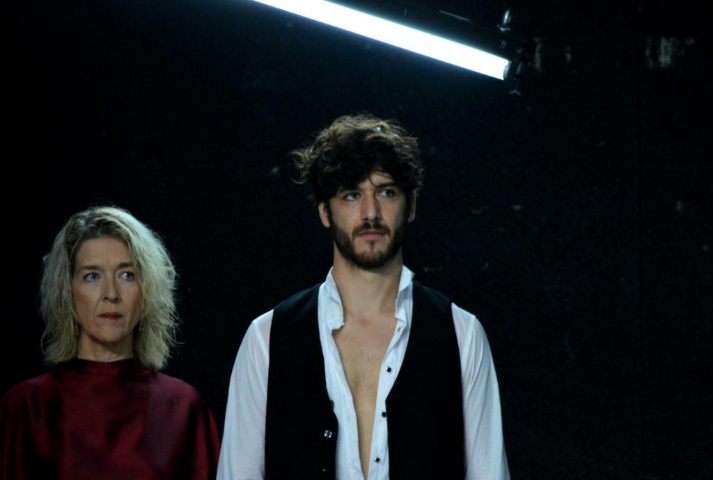 Jean-Aloïs Belbachir et Monica Budde. Ivres de Viripaev. mise en scène d'Ambre Kahan. Célestins-Théâtre de Lyon. © OFGDA