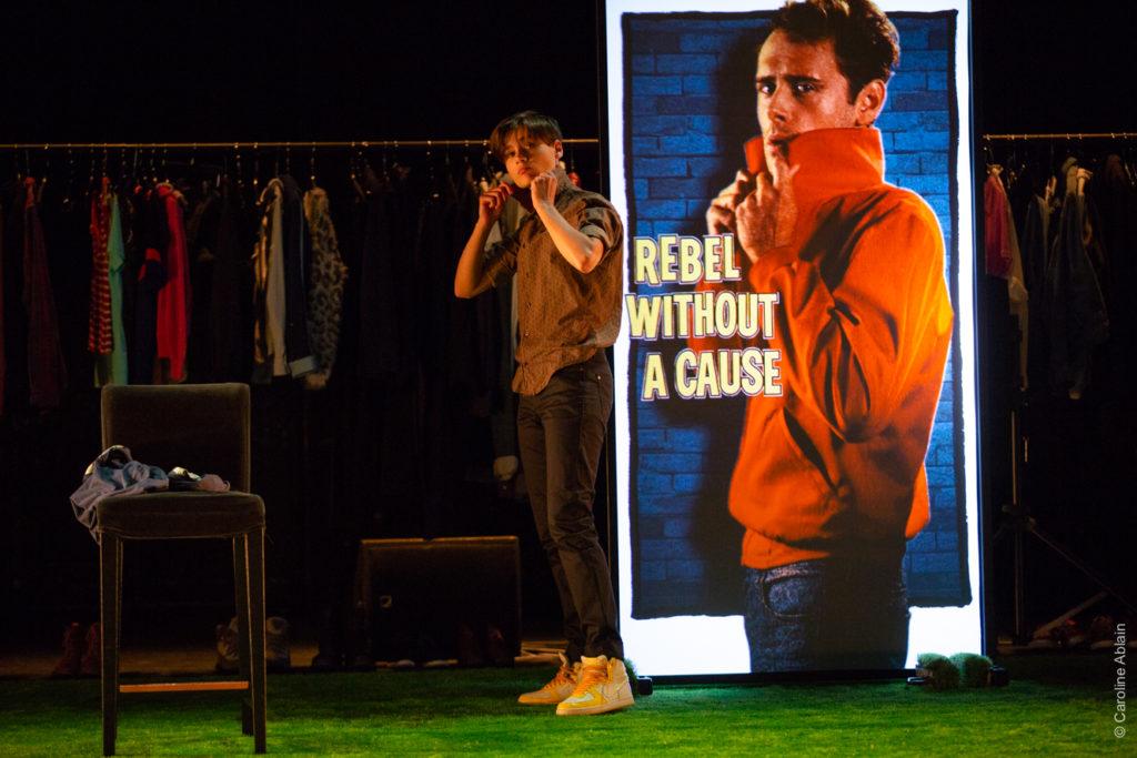 PRONOM - Texte d'Evan Placey, Mise en scène de Guillaume Doucet / Groupe Vertigo © Caroline Ablain