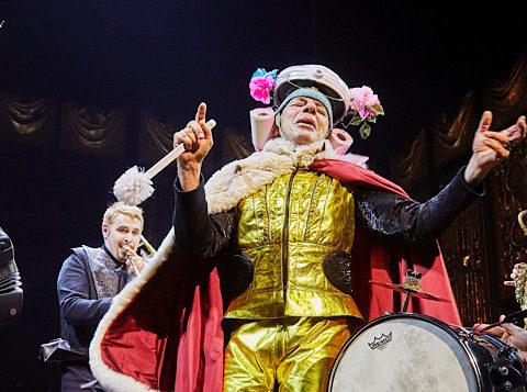 Le Bourgeois Gentilhomme de Molière. mise en scène de Lesort-Hecq. Comédie-Française @ Christophe Raynaud de Lage, coll. Comédie-Française