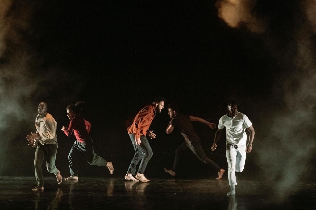 Urgence de la Compagnie HKC. Biennale de la danse. Amala Dianor. © Blandine Soulage