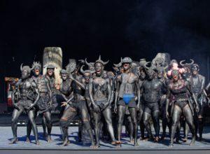 Le défilé vu par Qudus Onikedu. la Biennale © M. Cavalca.