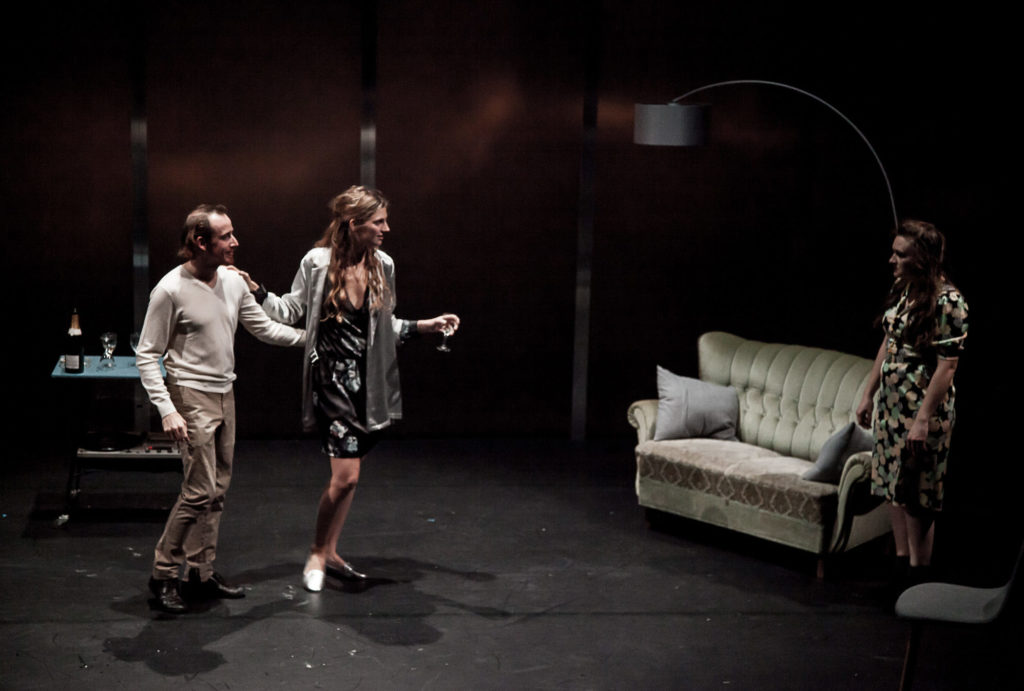 Jeanne Lepers dans LOVE LOVE LOVE de Mike Bartlett Mise en scène de Nora Granovsky © Pierre Nouvel