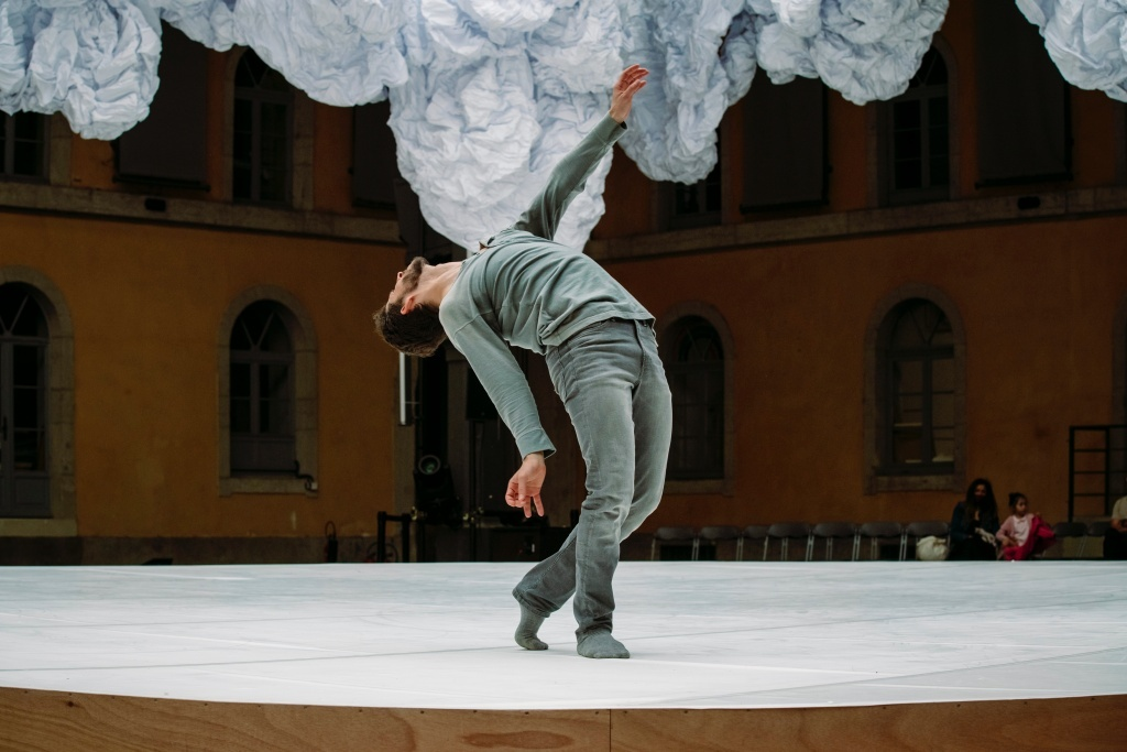 jours effacés - Rachid Ouramdane. La biennale de la danse. © Blandine Soulage