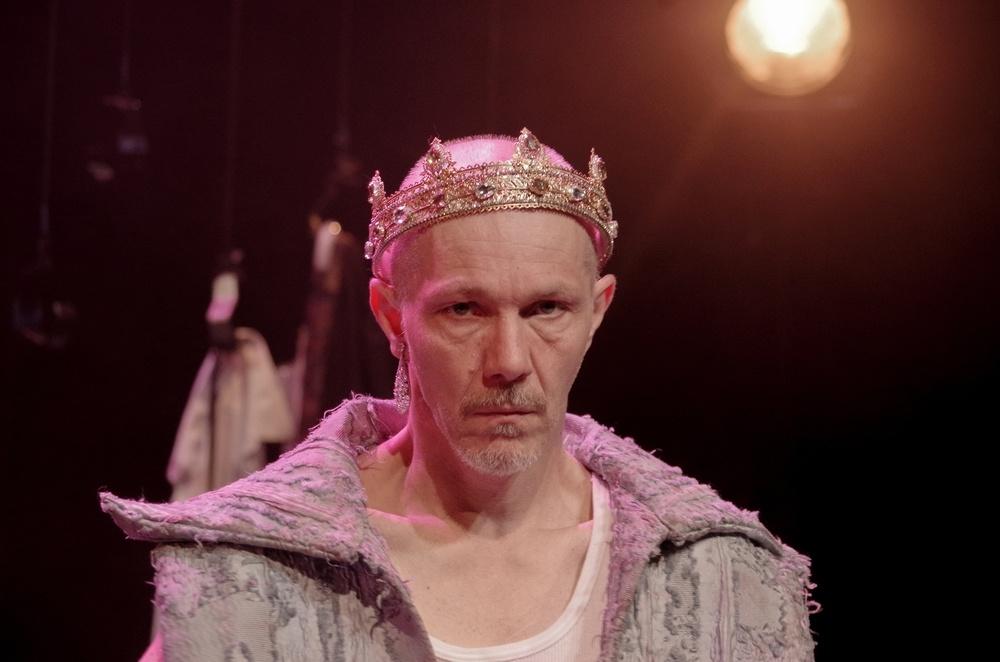 Je te pardonne (Harvey Weinstein) de Pierre Notte. théâtre du Rond-Point © Didot