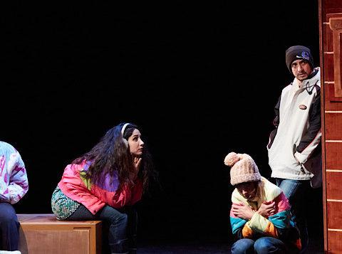 Les poupées persanes Aïda Asgharzadeh, Mise en scène de Régis Vallée © Alejandro Guerrero