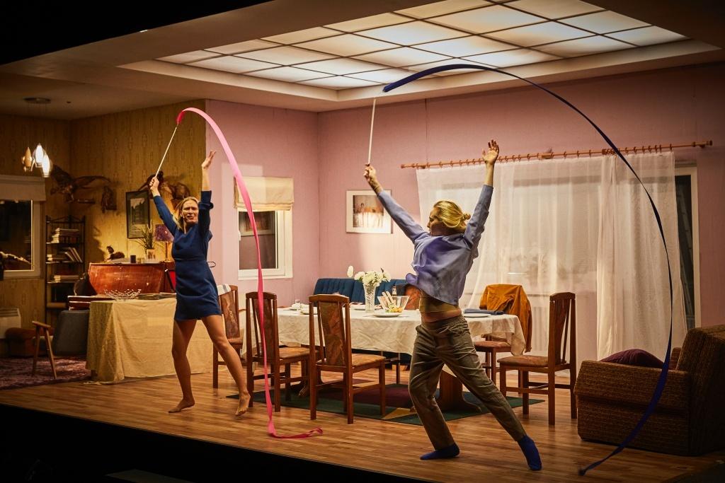 Cząstki Kobiety - Une Femme en Pièces de Kata Wéber. Mise en scène de Kornél Mundruczó. © Christophe Raynaud de Lage