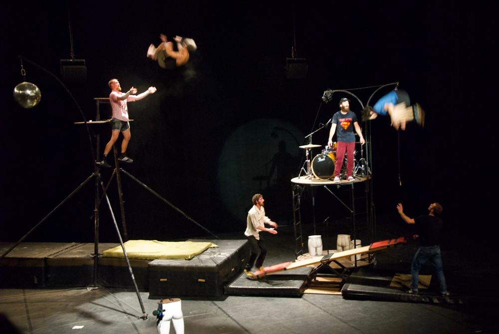 Desiderata. Cie Cabas . Circa20. Village de Cirque. © Tom Neal