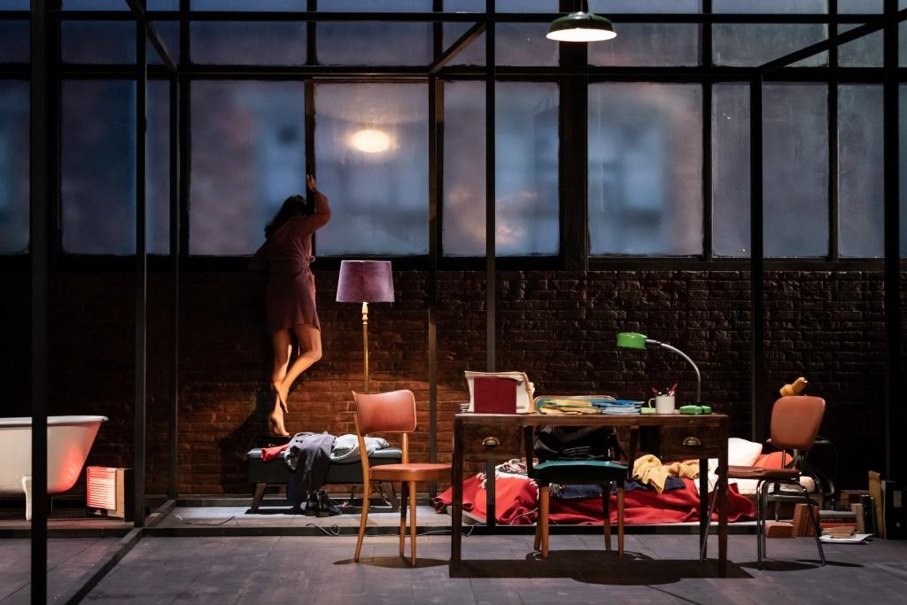 Skylight de David Hare. Mise en scène de Claudia Stavisky. Célestins - Théâtre de Lyon © Simon Gosselin