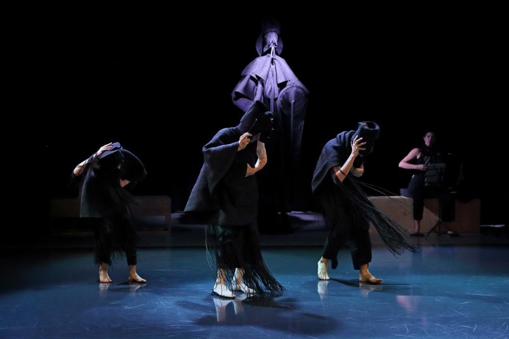 Sollicitudes d'Hervé Robbe & Jérôme Combier L'ensemble Cairn Le temps d'aimer  Malandain Ballet Biarritz © Stéphane Bellocq