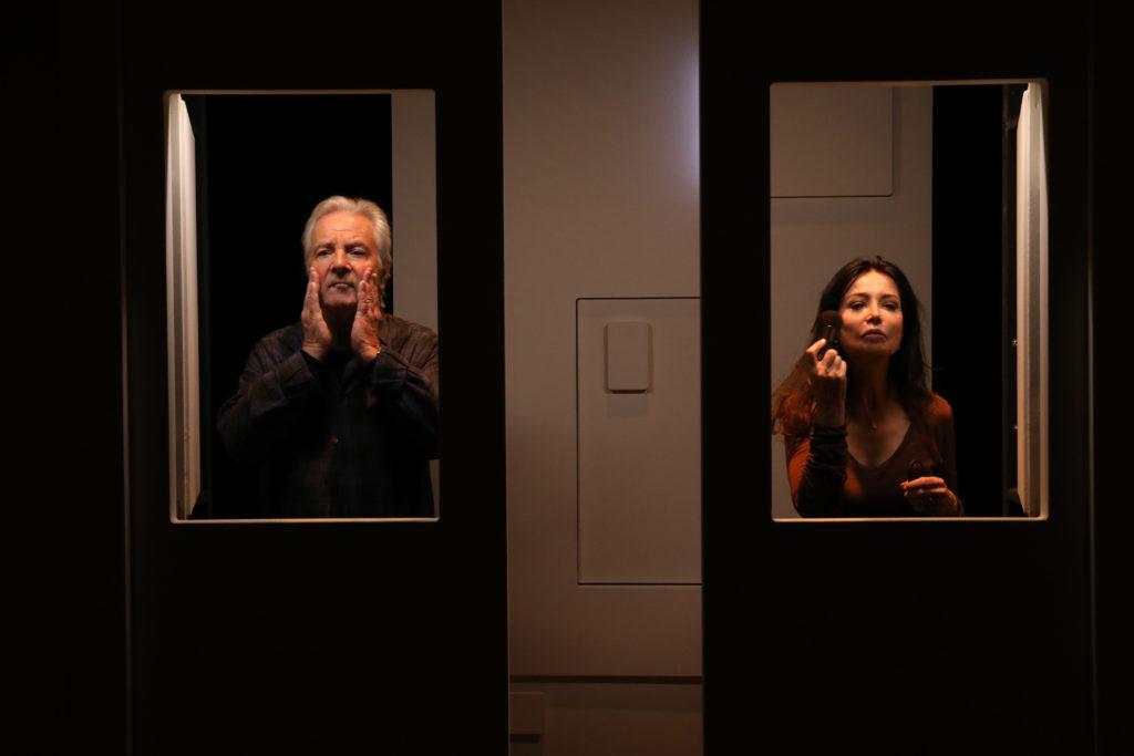 Fallait pas le dire de Salomé Lelouch. Mise en scène Salomé Lelouch et Ludivine de Chastenet © Philippe Warrin